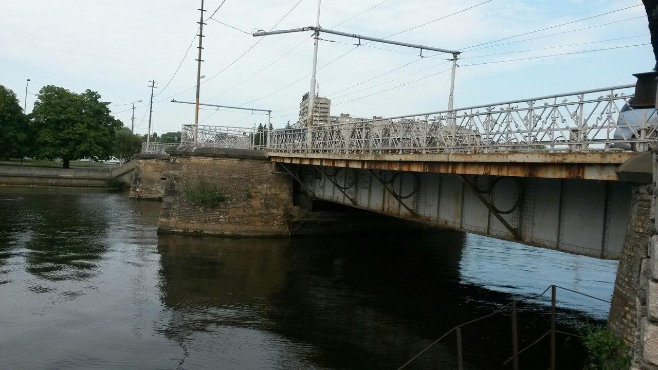 Два моста наостров Октябрьский вКалининграде будут перекрыты одновременно доосени