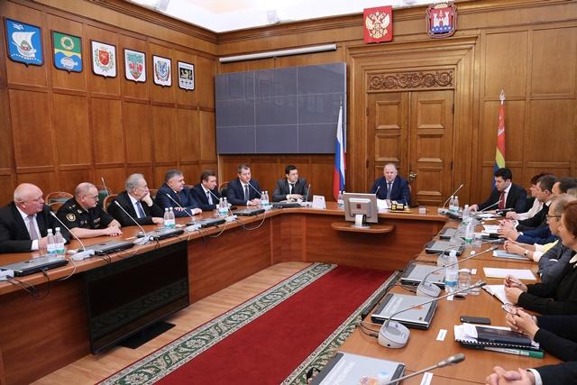 Цуканов представил основного федерального инспектора Калининградской области
