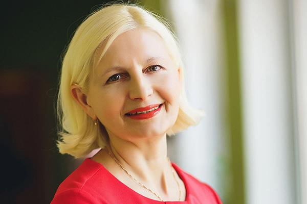 Нина Ступакова учитель