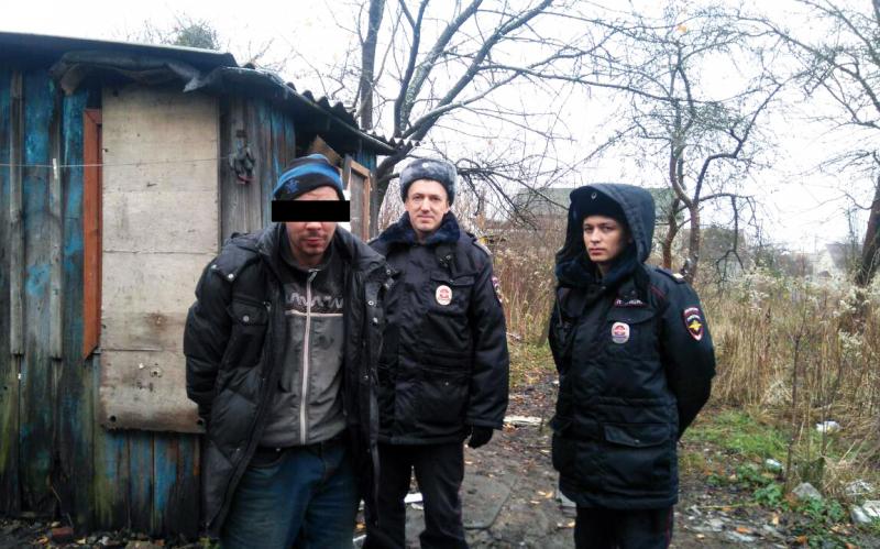 Граждане Калининграда обнаружили наулице истекающего кровью мужчину